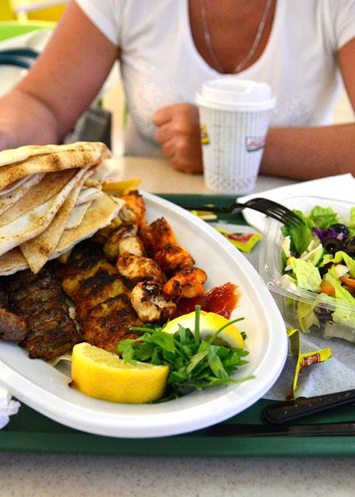 Дешевые кафе ОАЭ, где бюджетно поесть