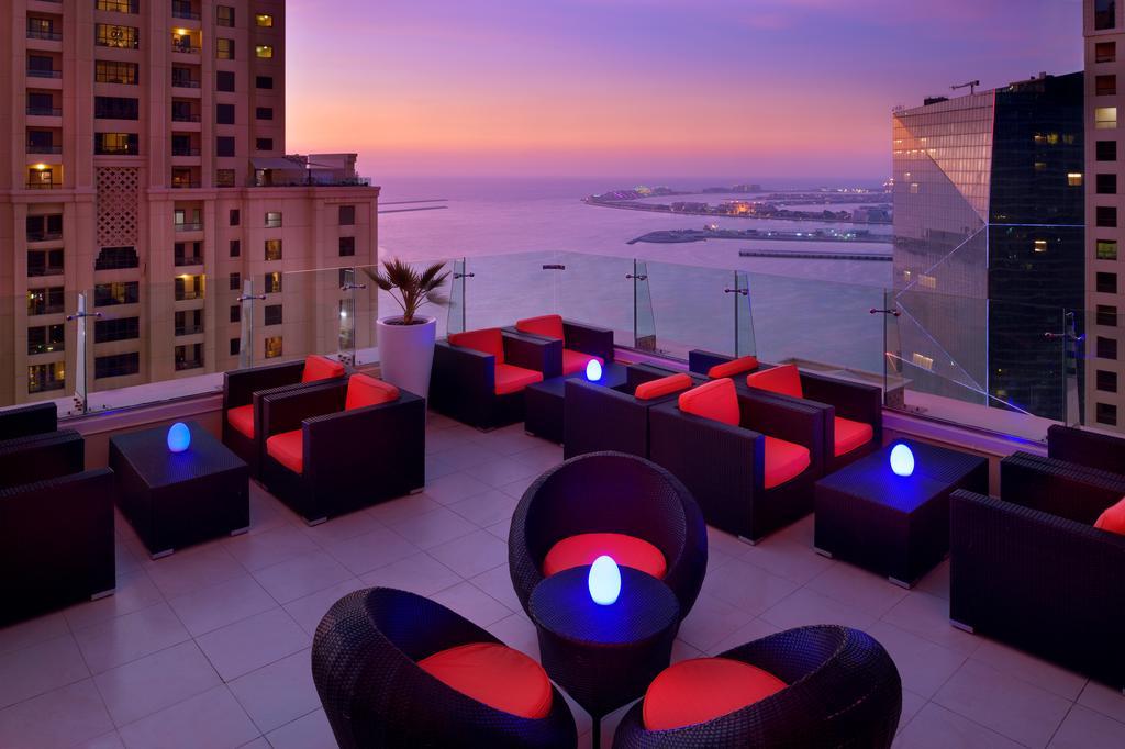 Delta Hotels by Marriot, Jumeirah Beach 4*