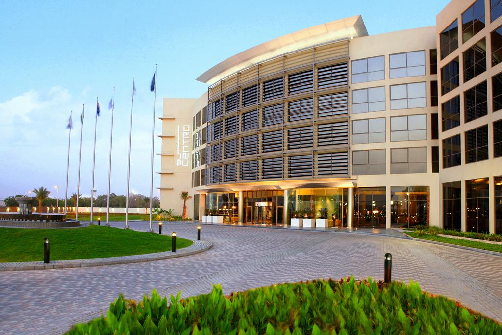 Centro Sharjah by Rotana оаэ (1)