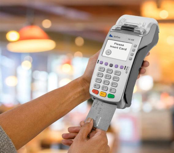 Можно ли в ОАЗ расплачиваться банковской картой